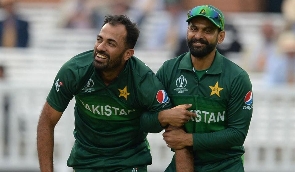 Mohammad Hafeez and Wahab Riaz will be heading to England to join the rest of the team