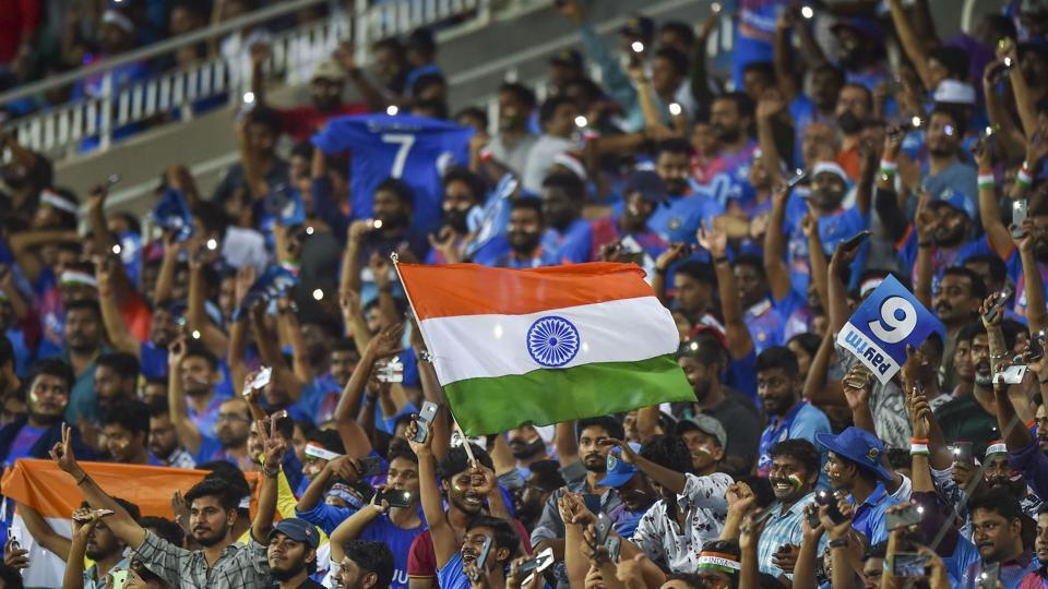 Indian cricket fans cheer. File photo.