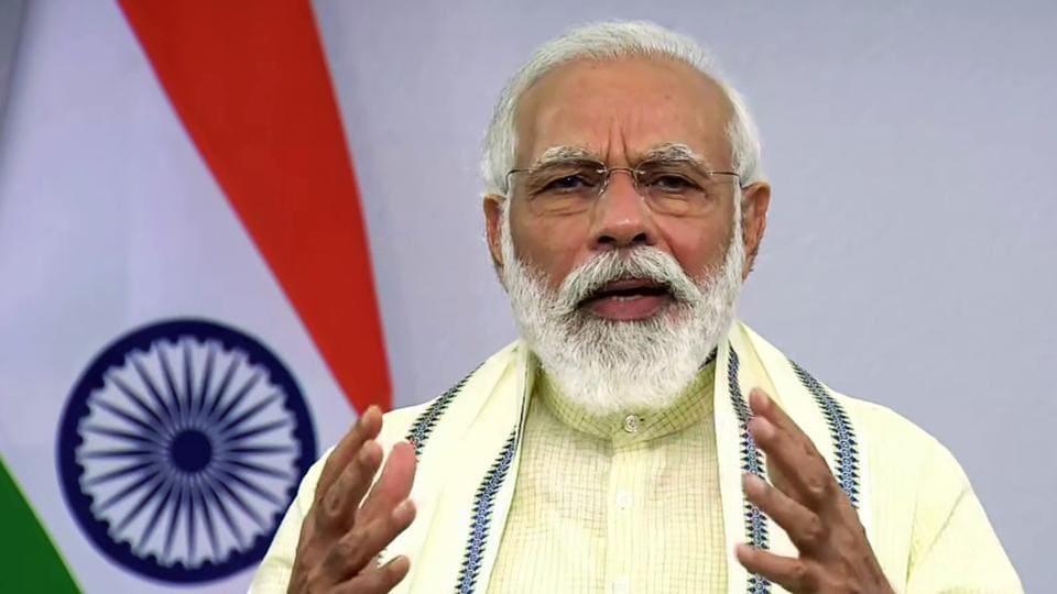 Prime Minister Narendra Modi addresses the nation, in New Delhi on Tuesday on the issue of coronavirus.