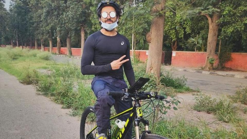 Actor Ayushmann Khurrana  has taken up cycling for some serious cardio as per his daily fitness routine.