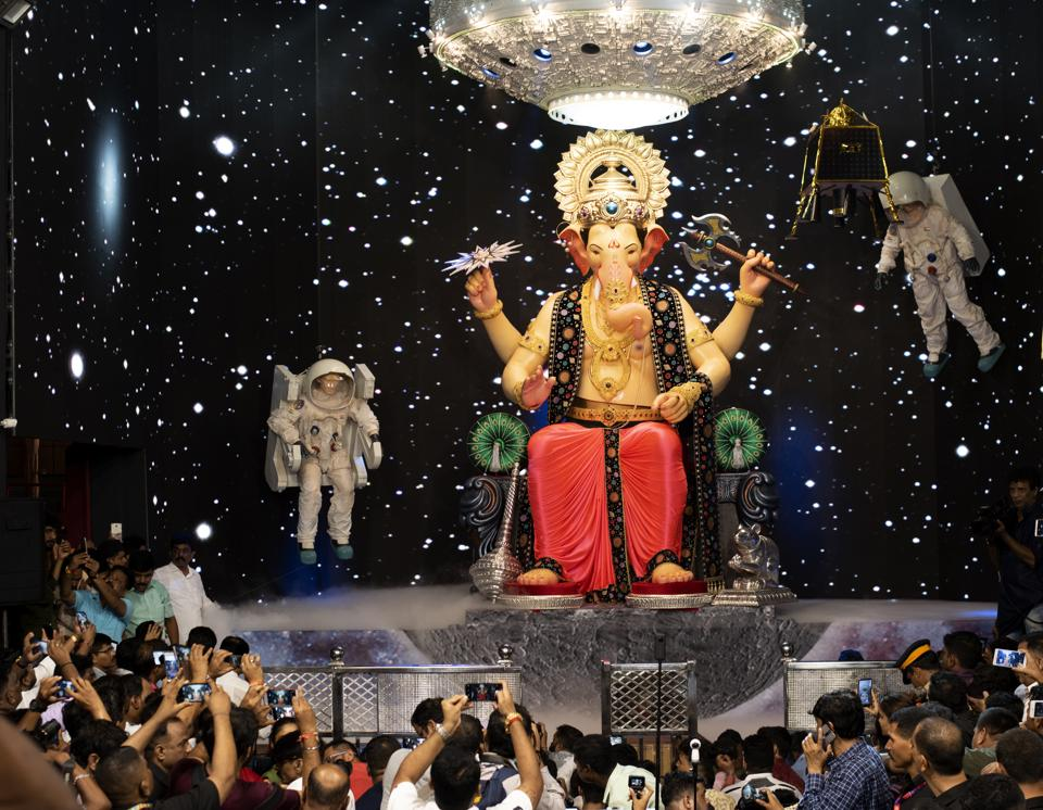 Mumbai's famous Lalbaugcha Raja