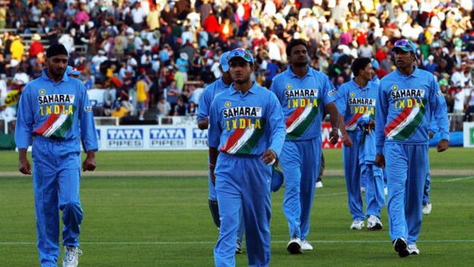 Indian captain Sourav Ganguly, centre leads India