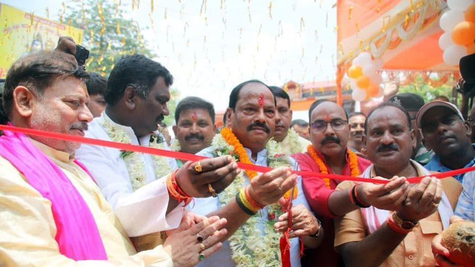 Former CM Raghubar Das inaugurating the Shravan mela in Deoghar, India, on Wednesday, July 17, 2019. (Photo / Hindustan Times)