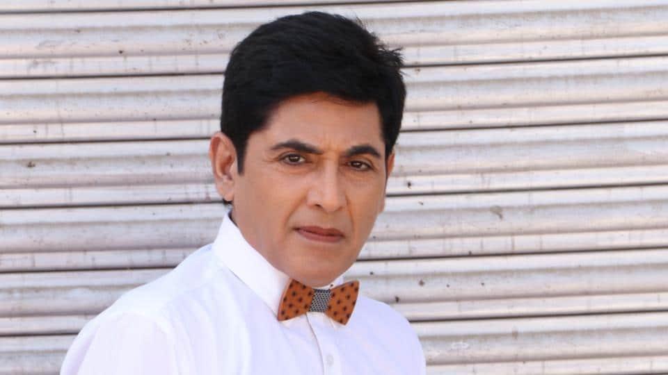 Actor Aasif Sheikh plays the character of Vibhuti Ahuti Narayan Mishra aka Vibhu in Bhabiji Ghar Par Hain!.