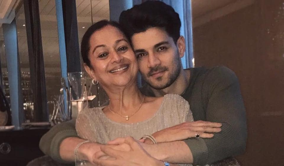Zarina Wahab said that her son Sooraj Pancholi was being 'unnecessarily' linked with Sushant SinghRajput's death.