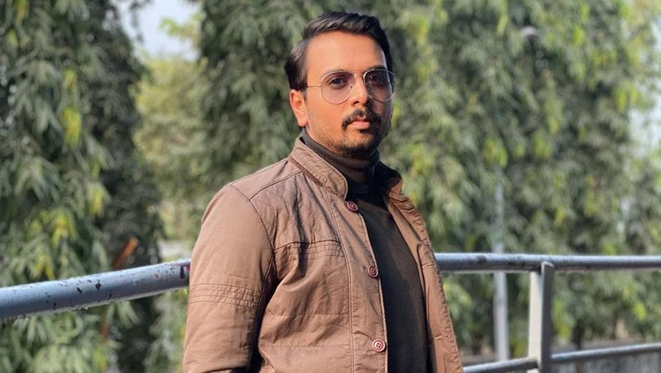 Namit has played the boy-next-door in many TV shows including Sumit Sambhal Lega, proved his talent in films like Sui Dhaaga and Pataakha (both 2018), and then upped his game with negative roles in web shows Abhay and the much recent, Aarya