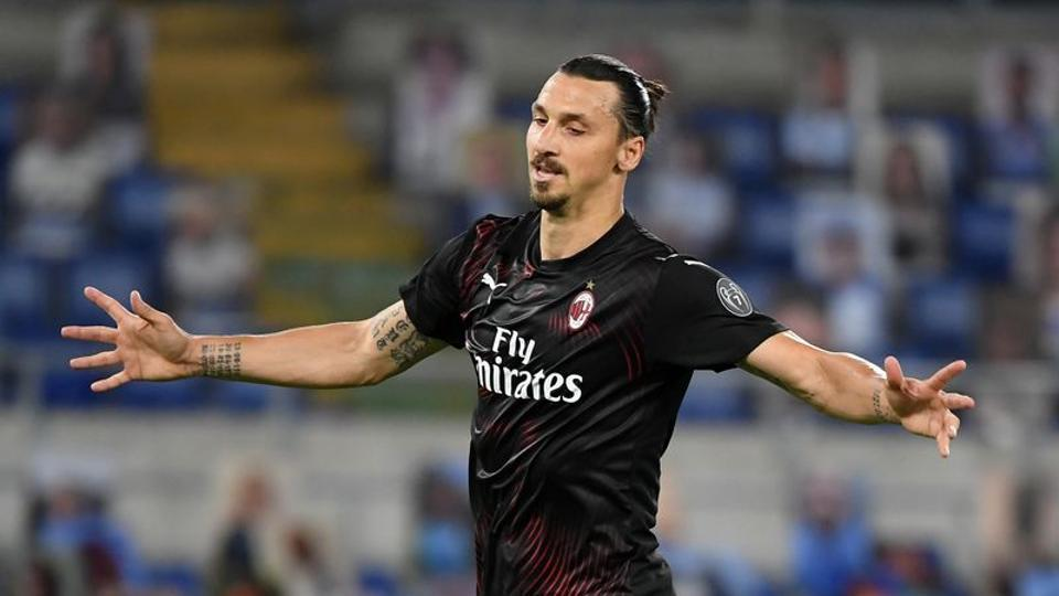 Soccer Football - Serie A - Lazio v AC Milan - Stadio Olimpico, Rome, Italy - July 4, 2020 AC Milan's Zlatan Ibrahimovic celebrates scoring their second goal from the penalty spot, as play resumes behind closed doors following the outbreak of the coronavirus disease (COVID-19) REUTERS/Alberto Lingria