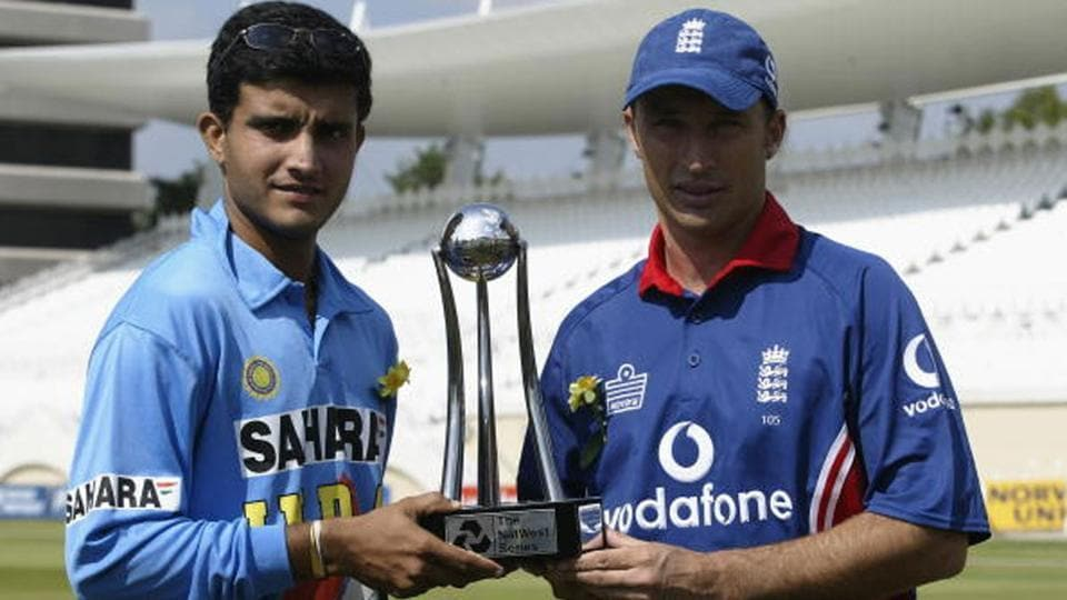 Sourav Ganguly and Nasser Hussain at the start of the 2002 Natwest Tri-Series.