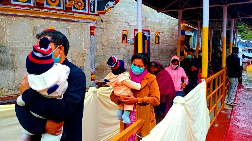 Masks, sanitisation, no prasad: Char Dham pilgrimage in times of Covid-19