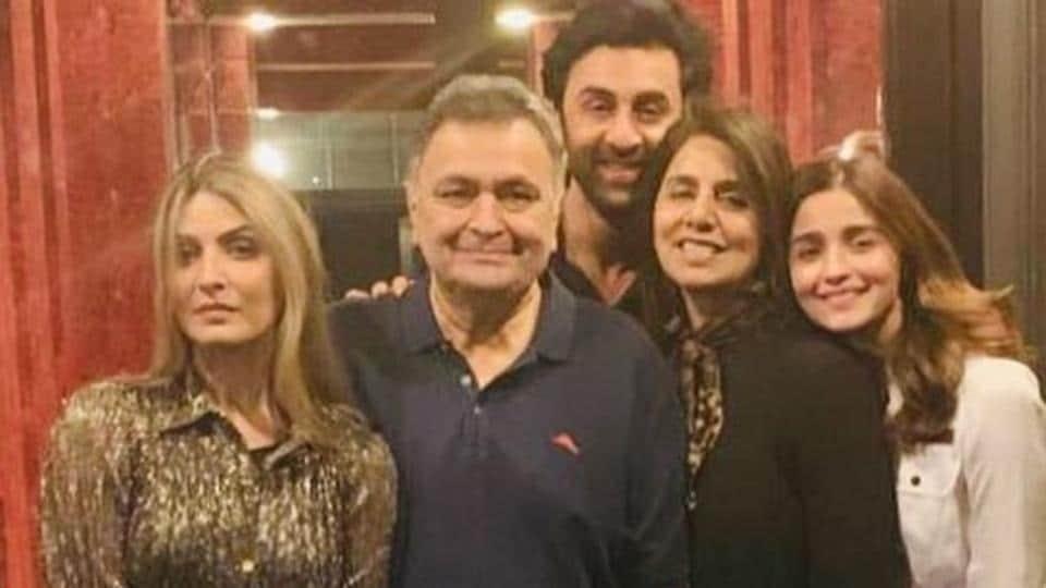 Neetu Kapoor with husband Rishi, daughter Riddhima, son Ranbir and his girlfriend Alia Bhatt.
