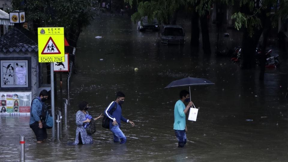 After witnessing a spell of heavy rainfall over the past three days, Mumbai and neighbouring Thane in Maharashtra received moderate rains, but the IMD predicted showers will continue in the night in the region.