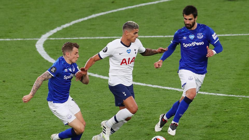 Michael Keane own goal gives Spurs win over Everton