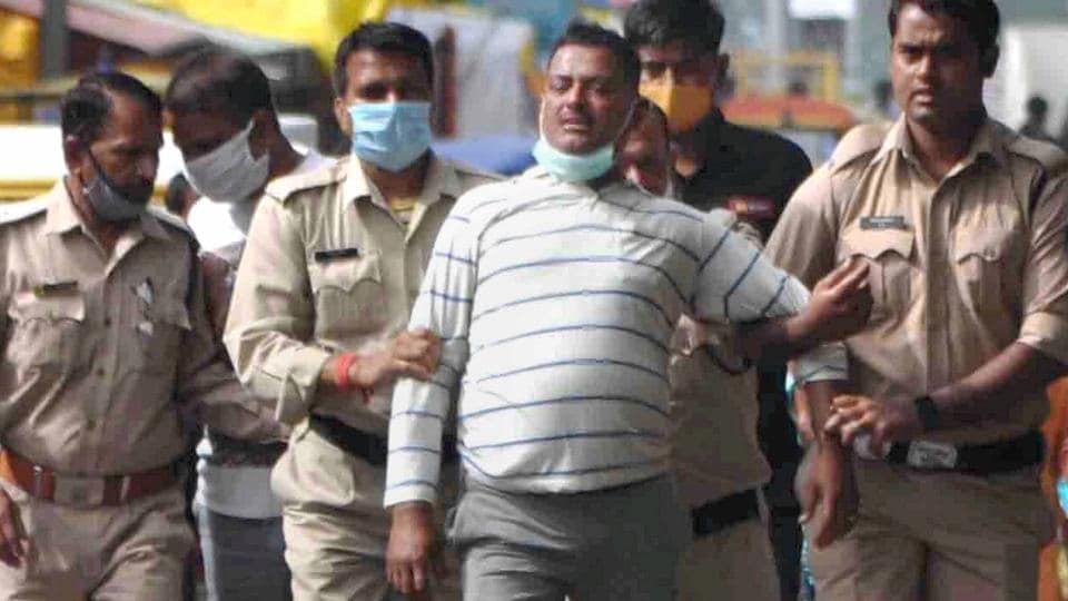 Kanpur gangster Vikas Dubey, arrested for killing 8 cops, shot dead in encounter
