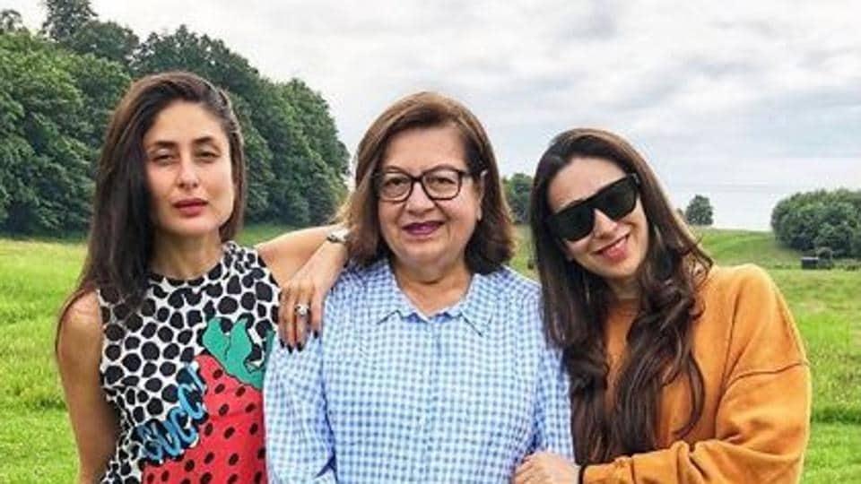 Kareena Kapoor met her sister Karisma and mom Babita after a long time.