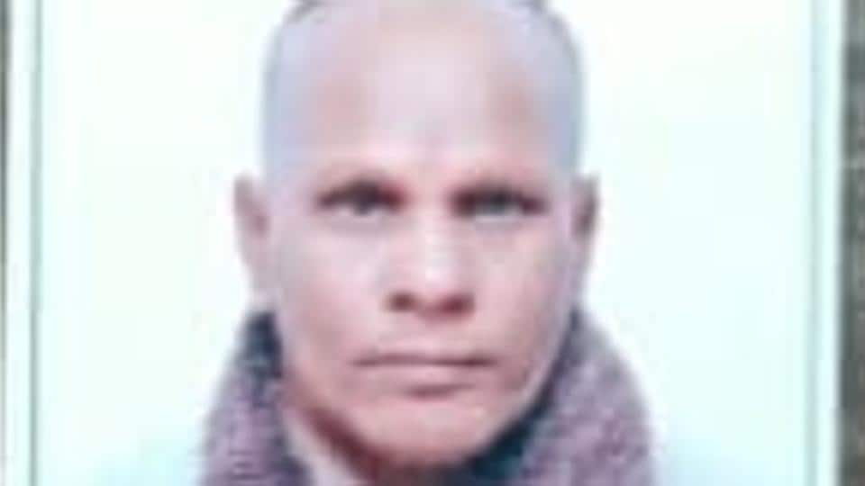 The guard, identified as  Shyam Sunder, 51, was beaten up on Sunday night when an injured man was rushed to the hospital's emergency from Ram Darbar locality of Chandigarh.