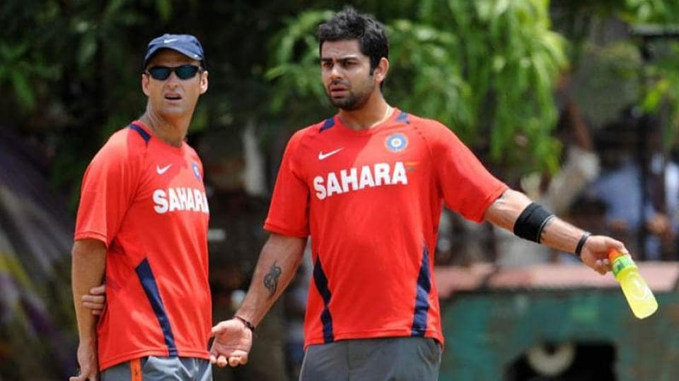 Virat Kohli in discussion with Gary Kirsten. File image.