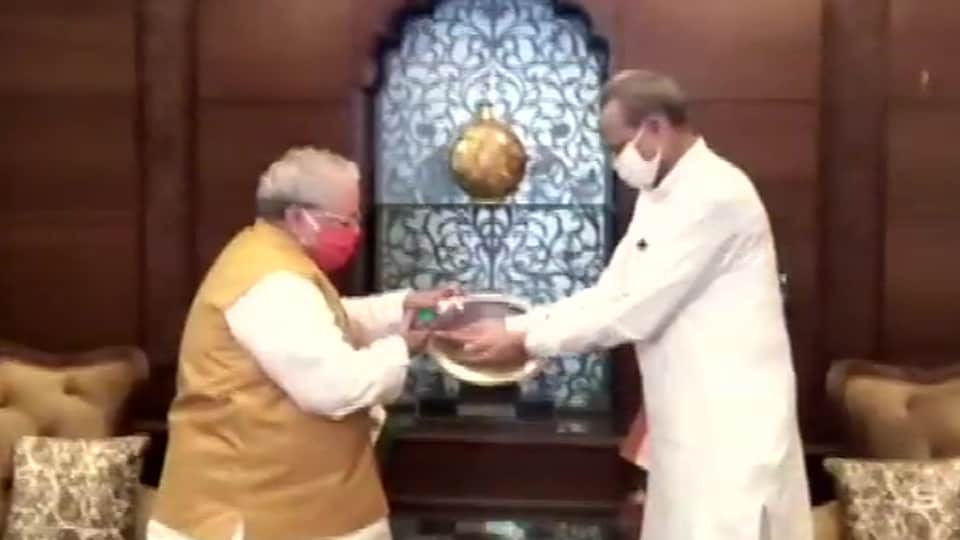 Rajasthan chief minister meets Governor Kalraj Mishra at Raj Bhawan in Jaipur.