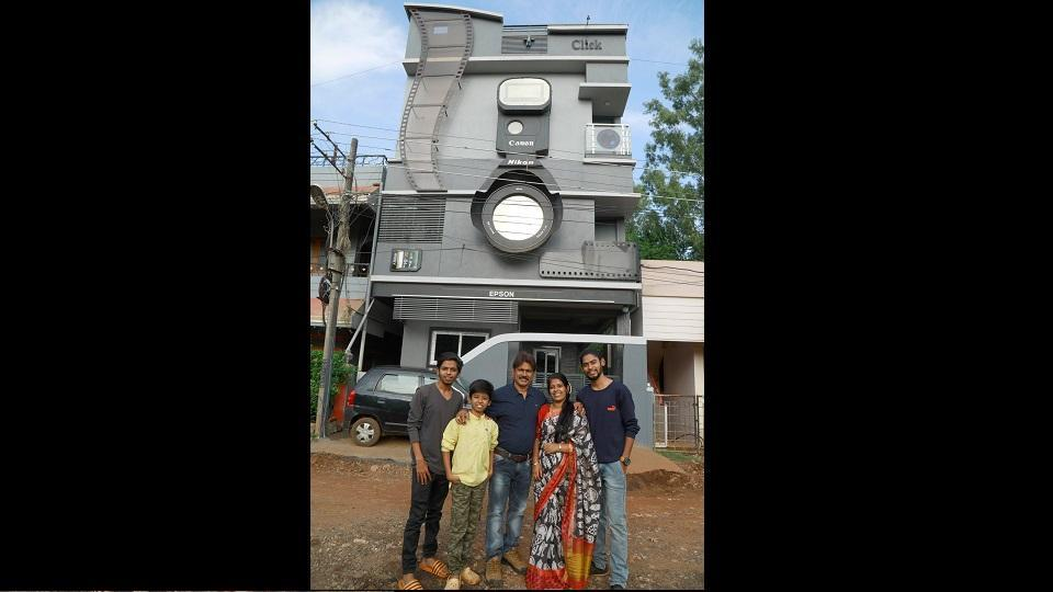 The newly built house of photographer couple Ravi and Krupa Hongal resembles a giant DSLR camera.