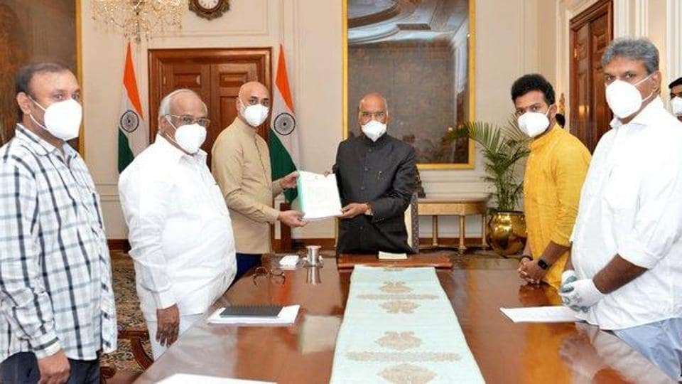 A delegation of five TDP members of parliament met the President in Rashtrapati Nilayam in New Delhi and submitted him a 52-page representation with a long list of complaints against the Jagan Reddy-led government in Andhra Pradesh. (Photo @JayGalla)