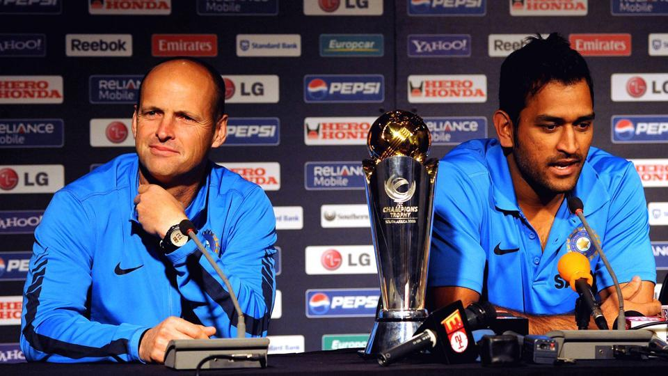 Gary Kirsten and Indian cricket captain Mahendra Singh Dhoni during the ICC Champions Trophy press conference on September 19 in Johannesburg, South Africa.