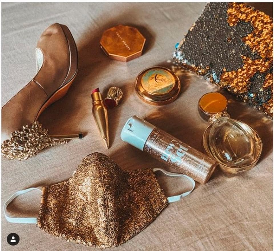 Kolkata label LeeNLou sells fully sequined metallic masks via Instagram. They go with contemporary occasion wear and could be put to use when we eventually resume nights out.