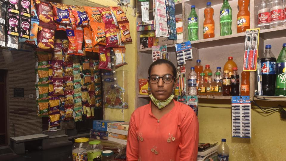 Vaishnavi, who scored 92.6 % marks in the CBSE Class 10 board exams seen at her family's general store in Bhajanpura, New Delhi, India, on Thursday, July 16, 2020. (Photo by Sonu Mehta/Hindustan Times) **To go with Fareeha Iftikhar's story**