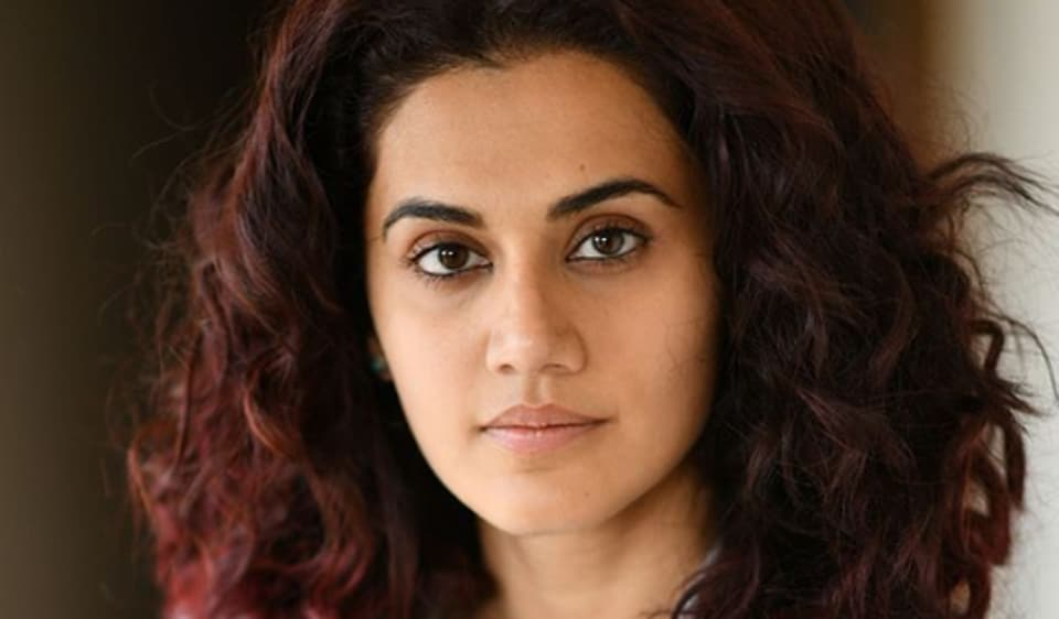 Taapsee Pannu has hit out at those portraying Bollywood in a purely negative way for its treatment of outsiders.