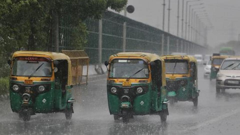 IMD has predicted thunderstorm with rain in the national capital and neighbouring areas till Tuesday.