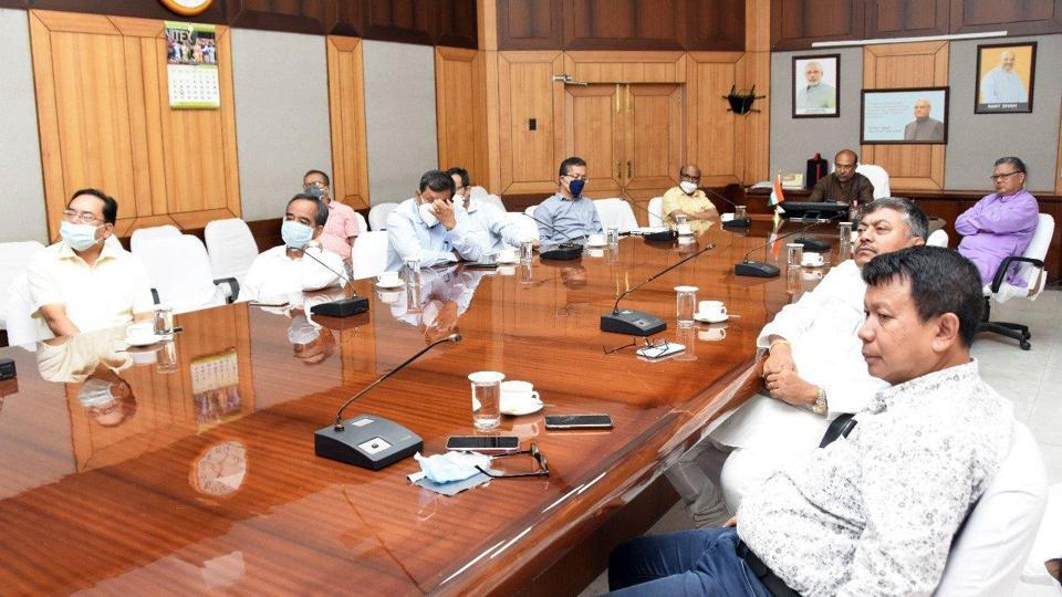 Manipur CM holds a meeting with fellow ministers and officials regarding the Covid-19 preparedness in state.
