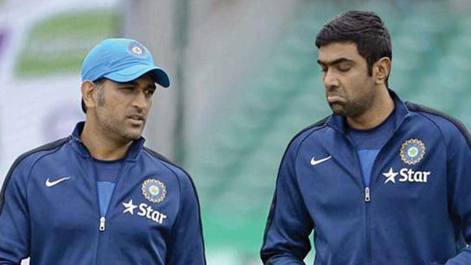 File image of MS Dhoni and R Ashwin.