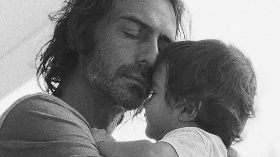 Arjun Rampal's adorable photo with son Arik is 'what pure love looks like', Gabriella Demetriades is all heart – bollywood