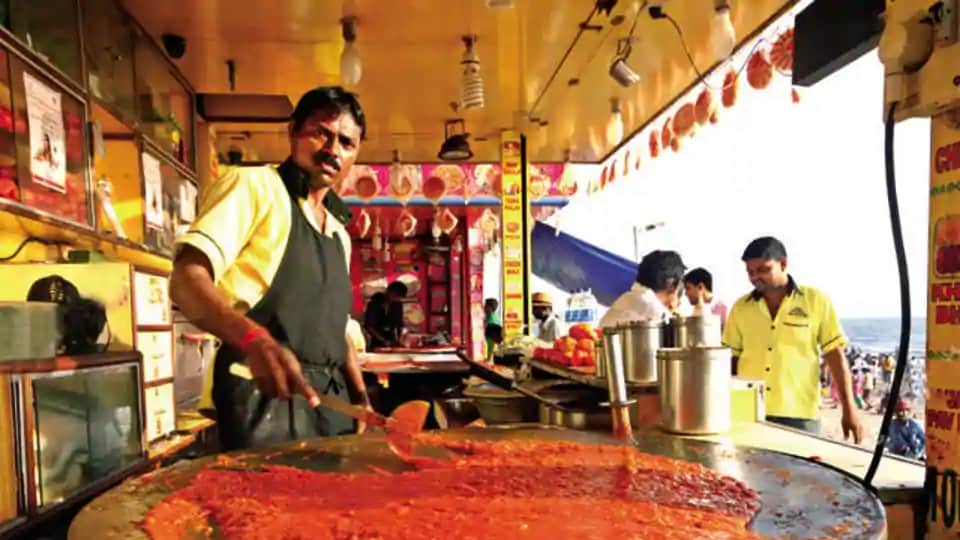 The pav bhaji outlet, a 48-year-old popular haunt for Mumbaikars and tourists alike, is located opposite the Brihanmumbai Municipal corporation (BMC) headquarters.