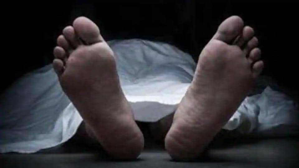 the victim's son said that the body shown to him at Rajindra Hospital, Patiala, was that of his father while the body that was ferried to Ludhiana was someone elses.