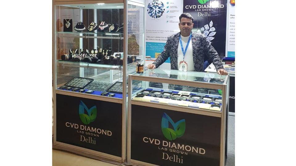 CVD Diamond is making headlines due to its authenticity and excellent quality in lab-grown diamond industry. It is affordable and 100% authentic.