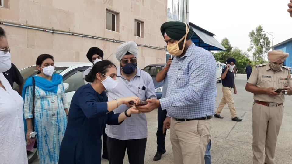 The woman's family protesting outside Indus International Hospital in Dera Bassi on Friday.