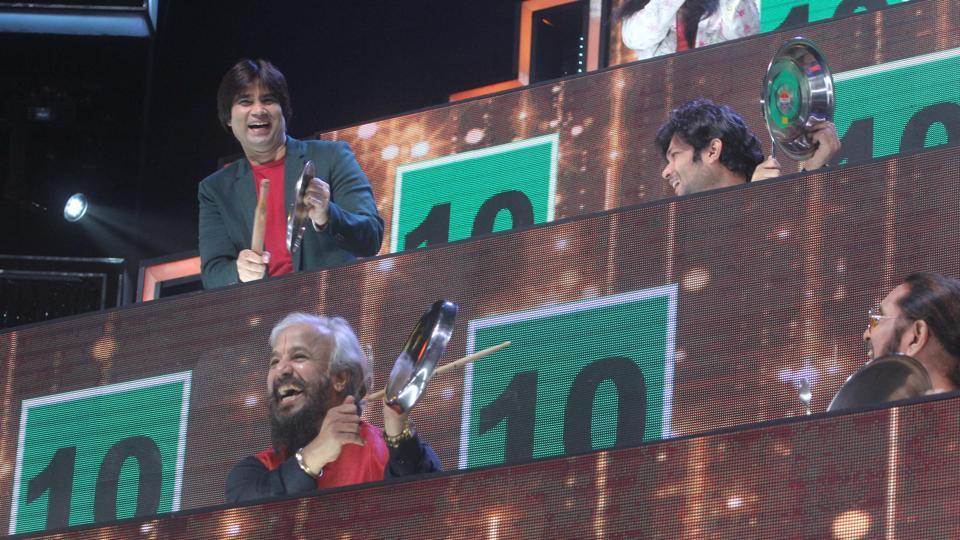Jury members of the singing reality show on TV, Sa Re Ga Ma Pa L'il, Champs are seen banging thalis and spoons to encourage contestants.