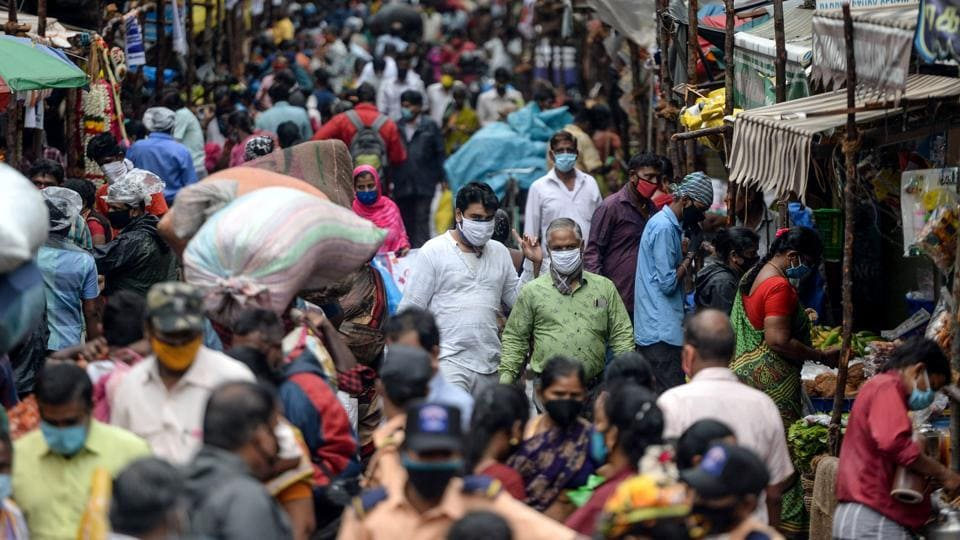 People out and about at a market in Chennai on July 29. According to the health ministry's figures, 51% of all recoveries in the country have been posted just from Maharashtra, Tamil Nadu and Delhi. These three states are also the worst-hit regions in the country in terms of caseloads. (Arun Sankar / AFP)