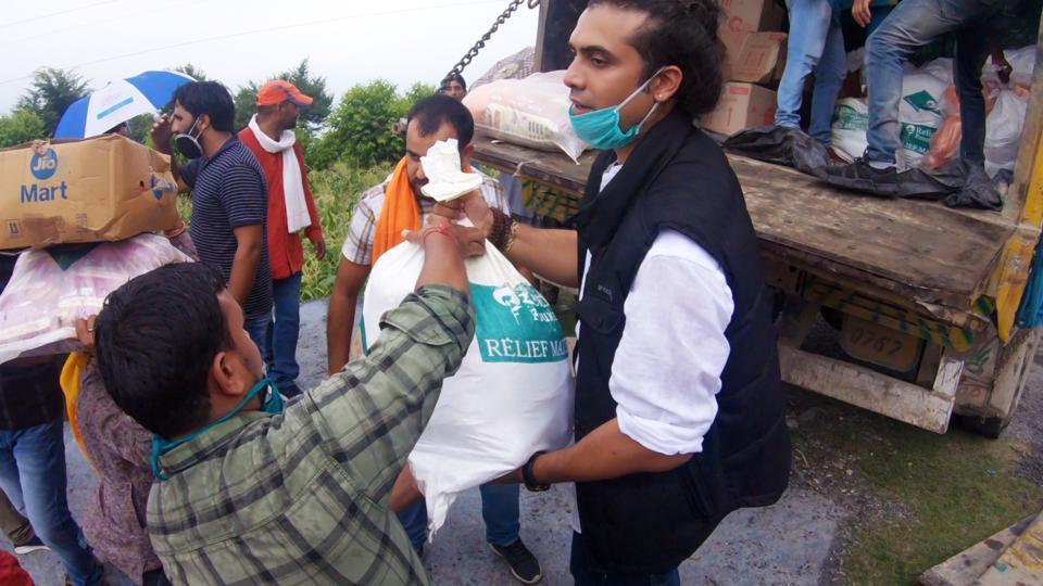 Singer Jubin Nautiyal has been taking care of at least 6000 families, in Jubin's village, Jaunsar Bawar, near Dehradun in Uttarakhand.