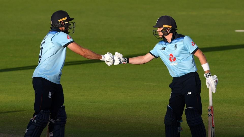 England's David Willey and Sam Billingsduring 2nd ODI against Ireland.