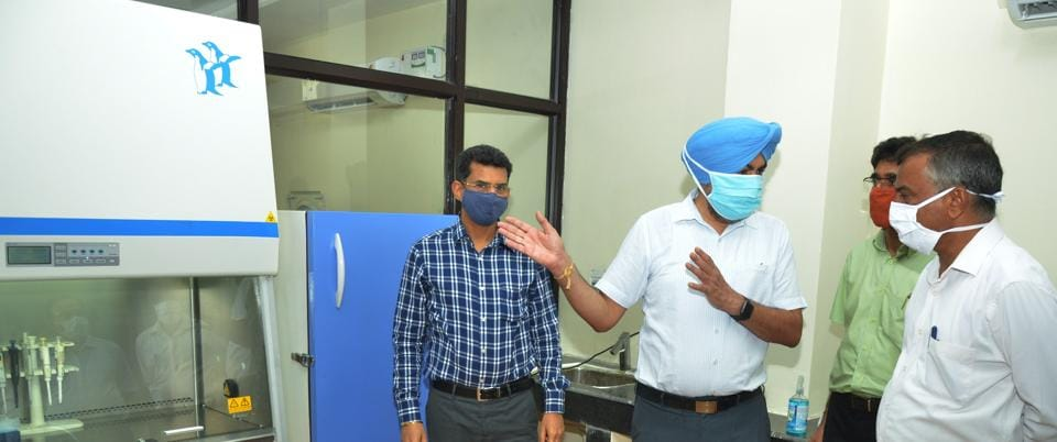 Dr JPS Gill, second from left, director of research at the testing lab at Guru Angad Dev Veterinary and Animal Sciences University (GADVASU) cum nodal officer, with the university vice-chancellor Inderjeet Singh (extreme right).