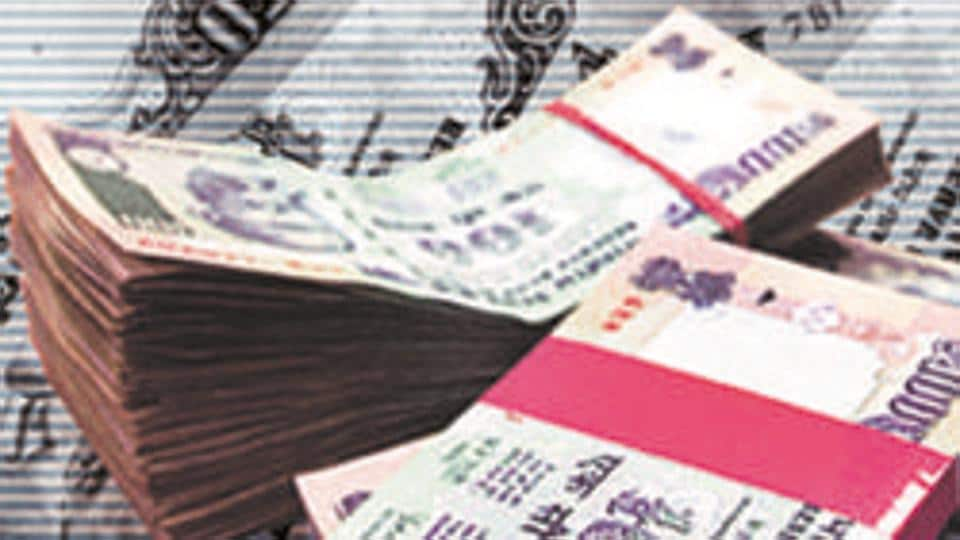 Forex traders said, while firm start of the equity market and foreign fund inflows supported the rupee, factors like weak Asian currencies and rising Covid-19 cases dragged down the local unit.