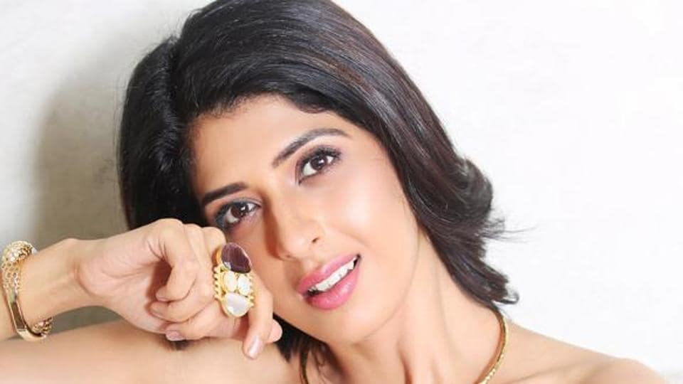 Actor Aishwarya Sakhuja is presently shooting for her TV show Yeh Hai Chahatein.