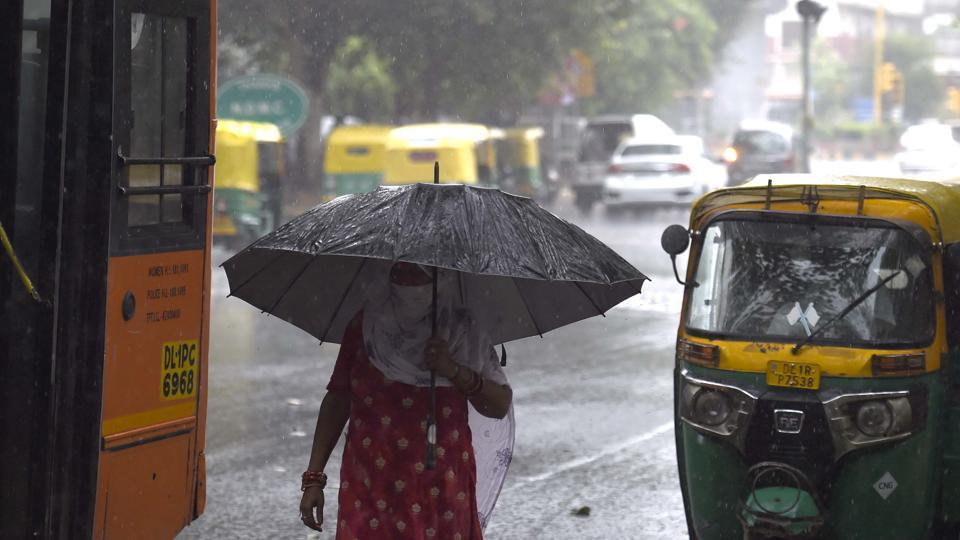 Not only has Delhi's total rainfall been coming down, the share of heavy rainfall in total rainfall has also come down.
