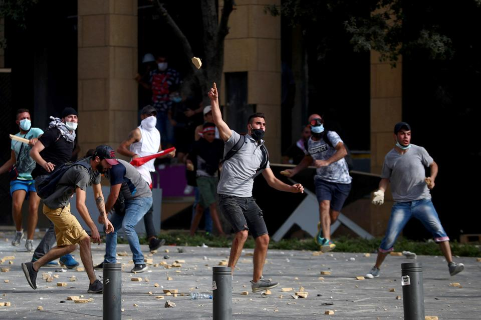 Protests in Beirut amid public fury over massive blast - Hindustan Times