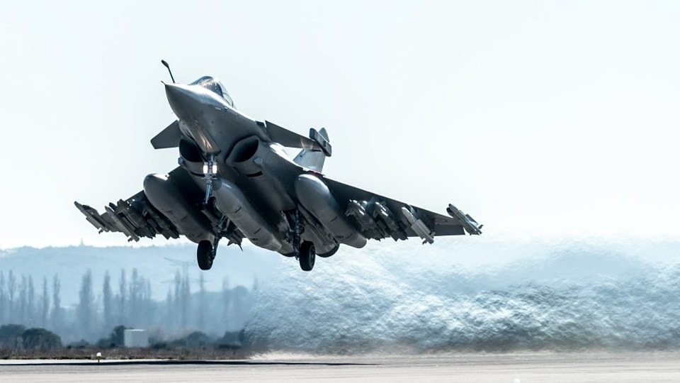 A fully-loaded Rafale jet takes off on a test flight