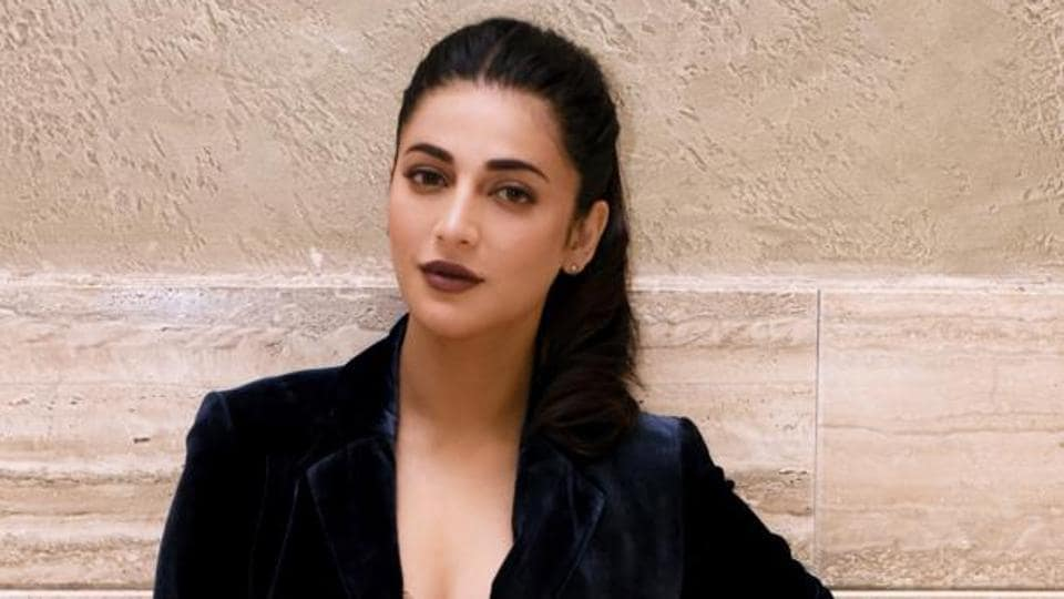 Actor-singerShruti Haasan is ready with her single,  Edge.