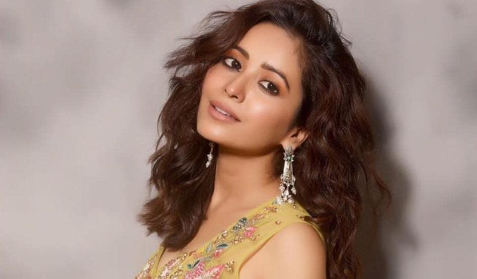 Asha Negi shot to fame as Purvi Deshmukh in Pavitra Rishta.