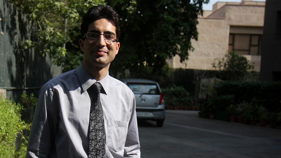 Faesal, 37, who hits the headlines in 2009, when he became the first person from Kashmir to top the Indian Administrative Services exam, acknowledged that he has been in touch with officials in New Delhi.