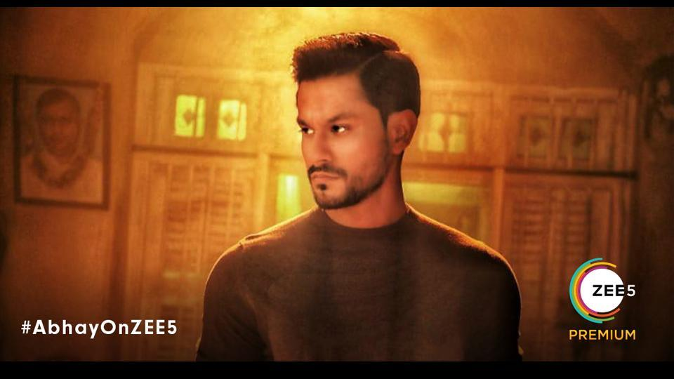 Kunal Kemmu wins hearts once again as a scowling cop who will leave no stone unturned to bring the guilty to justice.