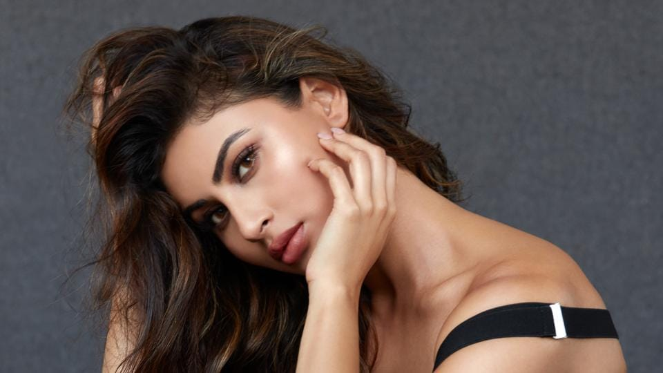 Whether I'm in the country or not I feel close to our roots: Mouni Roy – bollywood